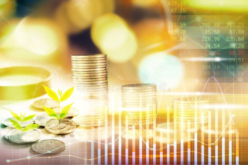 Концепция финансов дела двойной экспозиции с монеткой стоковое изображение rf