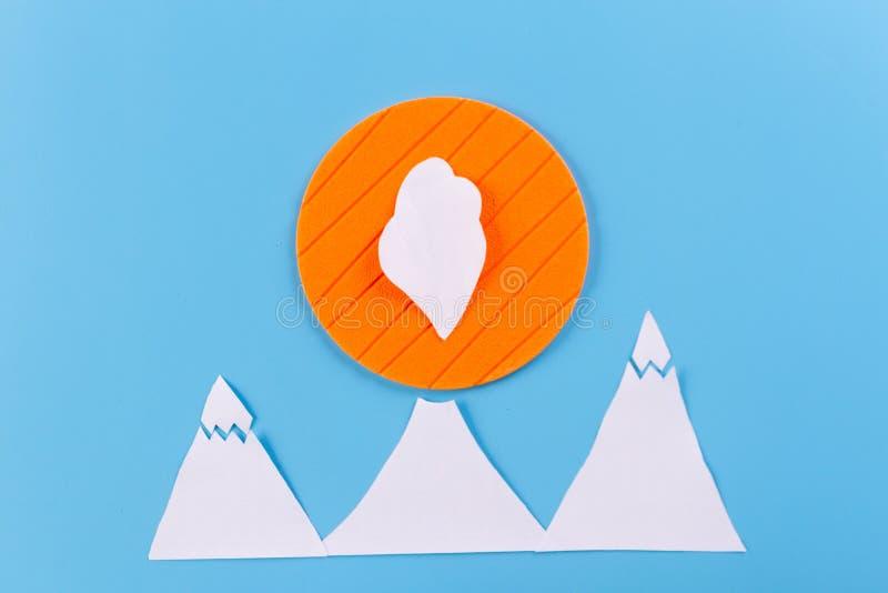 Лава идя вниз с вулкана стоковые изображения