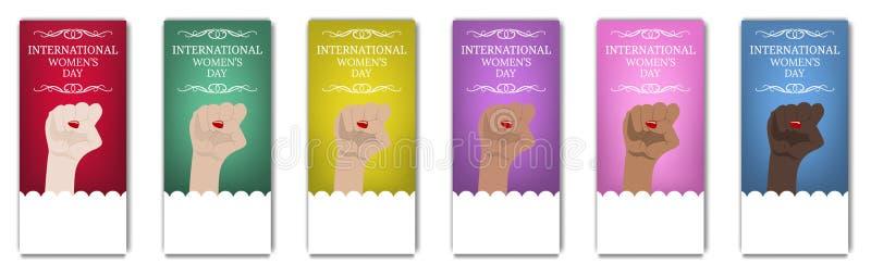 Летчик Международного женского дня, брошюра Марш ` s женщин Многонациональная равность Женская рука при ее кулак поднятый вверх С стоковая фотография