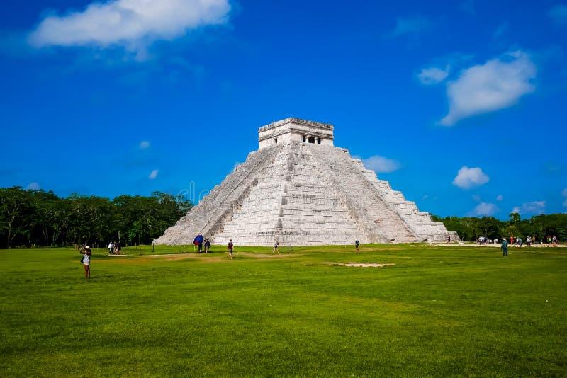 Майяская пирамида Kukulkan стоковые изображения