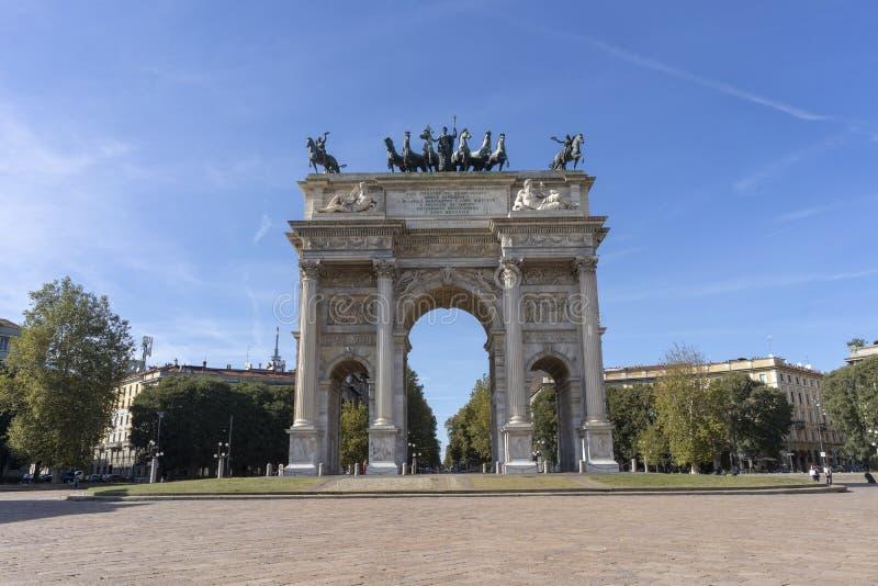 Милан, Италия: Побежка della Arco стоковые изображения rf