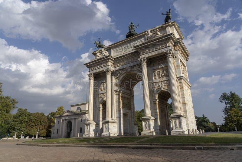 Милан, Италия: Побежка della Arco стоковая фотография
