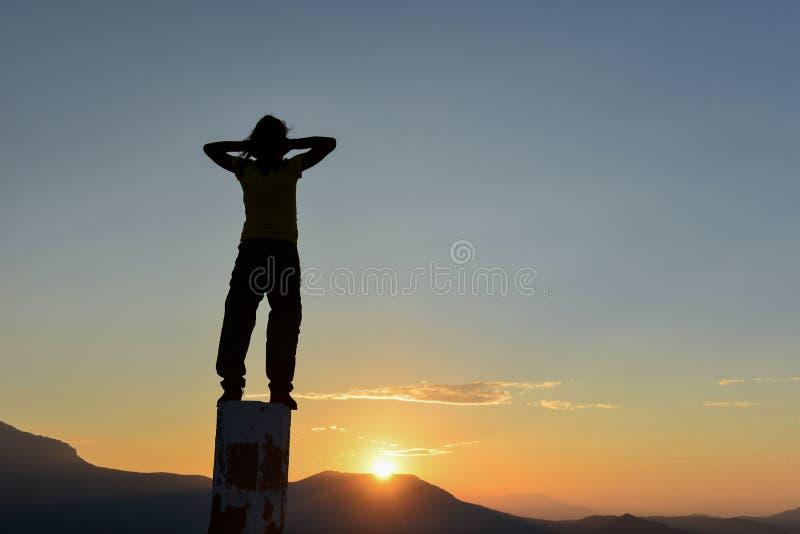 Мир, успех и счастье в природе стоковое фото rf