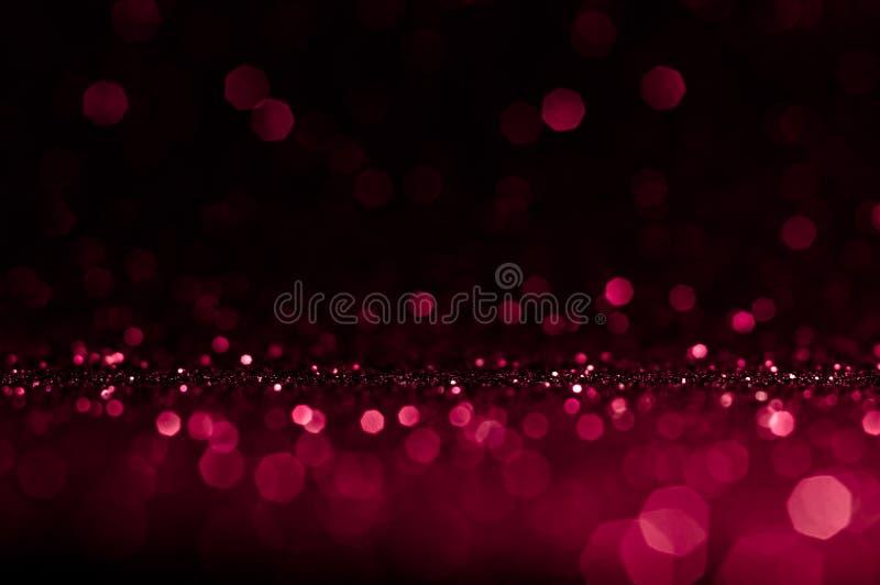 Мягкая темнота bokeh конспекта изображения - красная, пинк со светлой предпосылкой Красная, maroon, черная элегантность света ноч стоковое фото rf