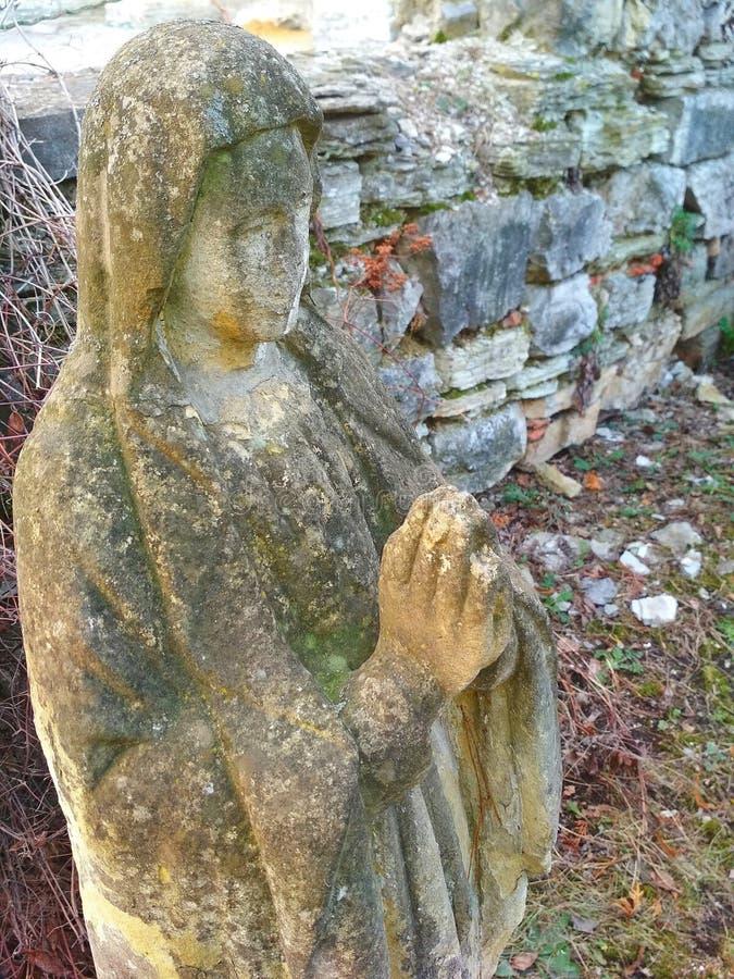 Надгробный памятник, исповедь и вера в боге стоковое фото rf