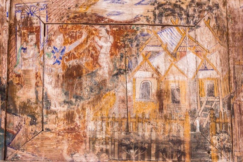 Настенные росписи на Wat Phra что Lampang Luang, провинция Lampang, Таиланд стоковые изображения