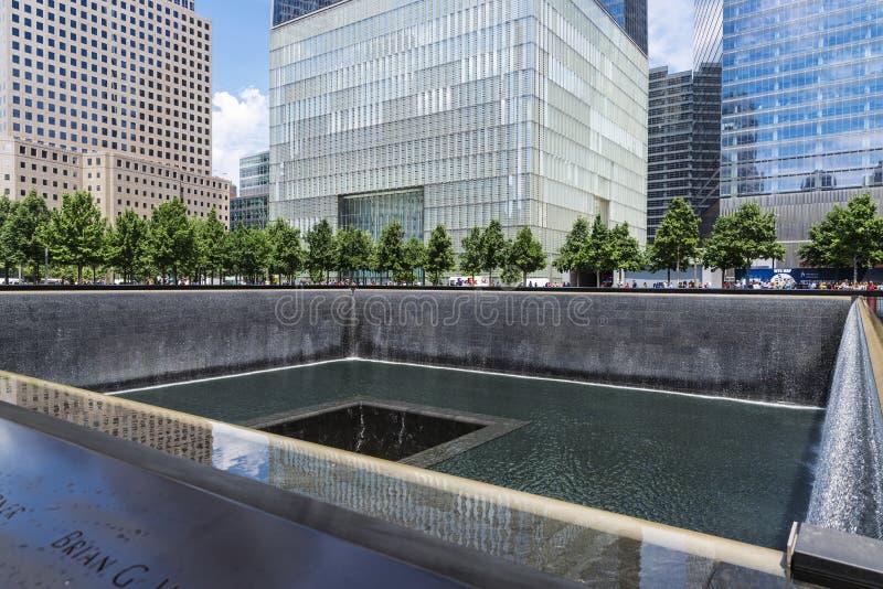 Национальный мемориал 11-ое сентября в Манхэттене, Нью-Йорке, США стоковые изображения rf