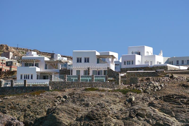 Новые роскошные здания постоянно поднимают в Mykonos на островах Кикладов стоковое фото rf