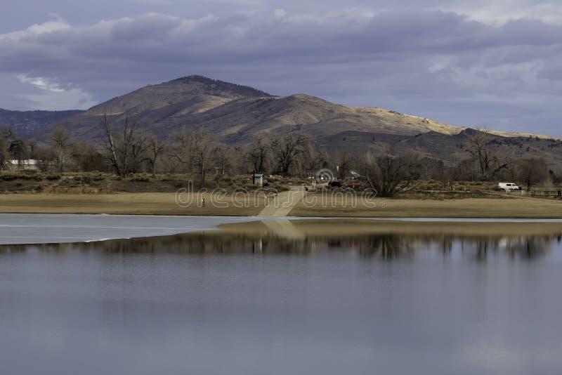 Пандус шлюпки на резервуаре Loveland Колорадо Lon Hagler стоковое изображение rf