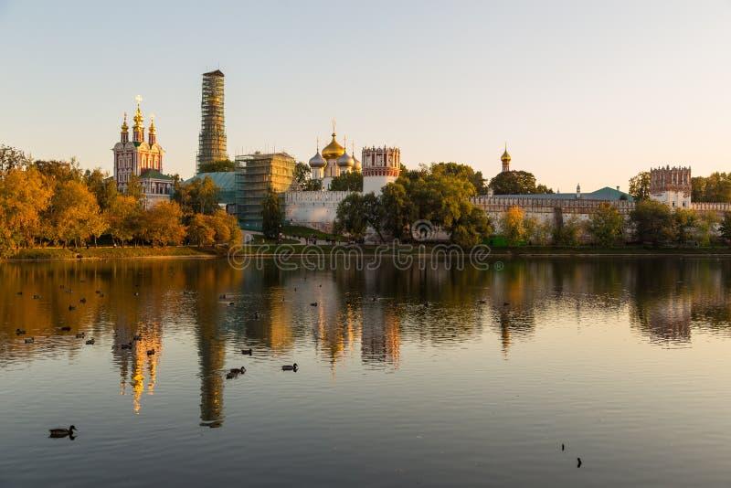 Панорамный вид монастыря Novodevichy, Россия стоковое фото rf