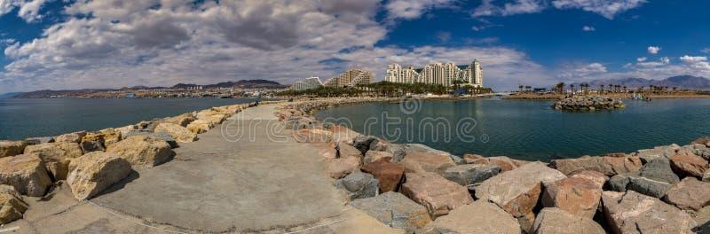 Панорамный вид на Eilat - известном городе курорта в Израиле стоковая фотография rf