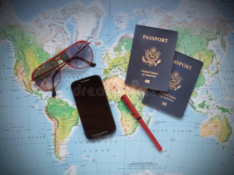 Паспорта на карте перемещения каникул стоковые изображения