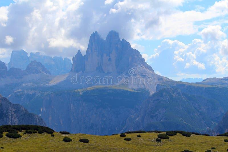 Пики Lavaredo, доломиты Tre Cime di Lavaredo 3, Италия стоковые фото
