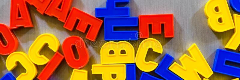 Письма для учить ребенк-кириллический или латинский стоковое фото rf