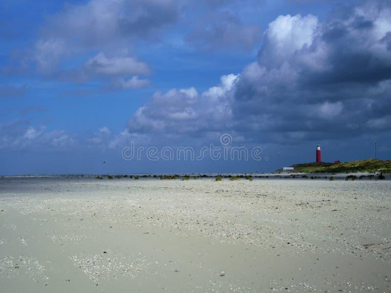 Пляж Нидерланд texel маяка стоковая фотография