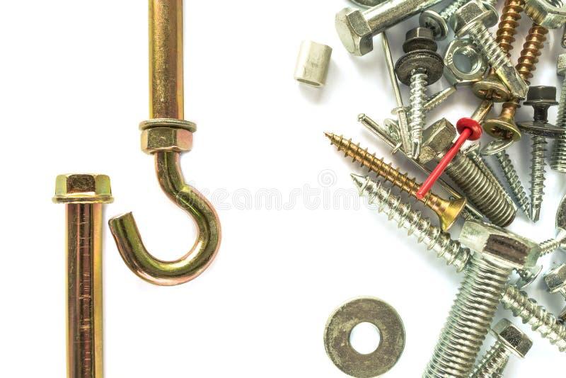 Плоское положение анкера на белизне сверля собственная личность винтов fasteners Соединяясь материал на белой предпосылке стоковые фото