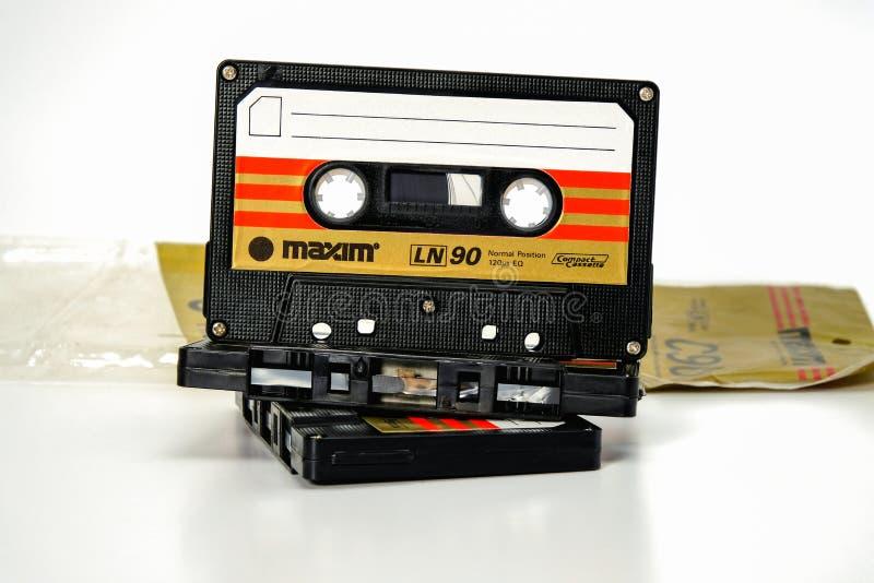 ПРАГА, ЧЕХИЯ - 29-ОЕ НОЯБРЯ 2018: Аудио компактная сентенция LN 90 кассеты 3 Худшая магнитофонная кассета на белой предпосылке стоковое фото