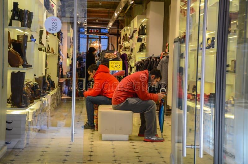 Покупки на дни скидки стоковая фотография rf