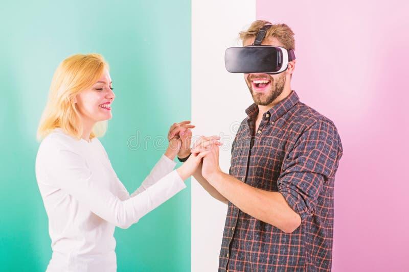 Подготовьте танец свадьбы Я люблю путь вы двигаете Узнанный как научить, что он станцевал Школа танцев виртуальной реальности Чел стоковое фото rf
