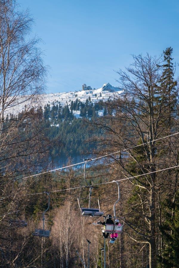 Подъем стула лыжи в Szklarska Poreba стоковая фотография rf
