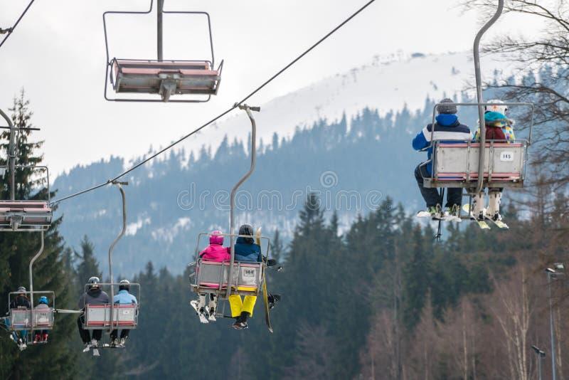 Подъем стула лыжи в Szklarska Poreba стоковая фотография
