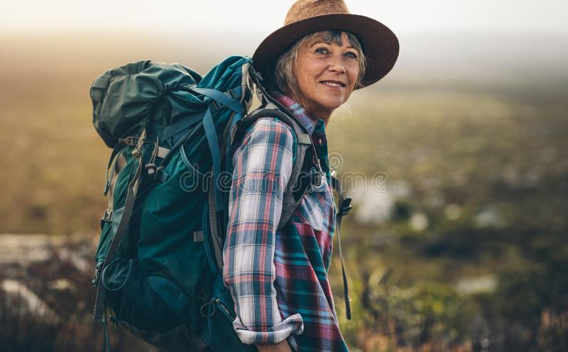 Портрет hiker женщины стоковая фотография rf