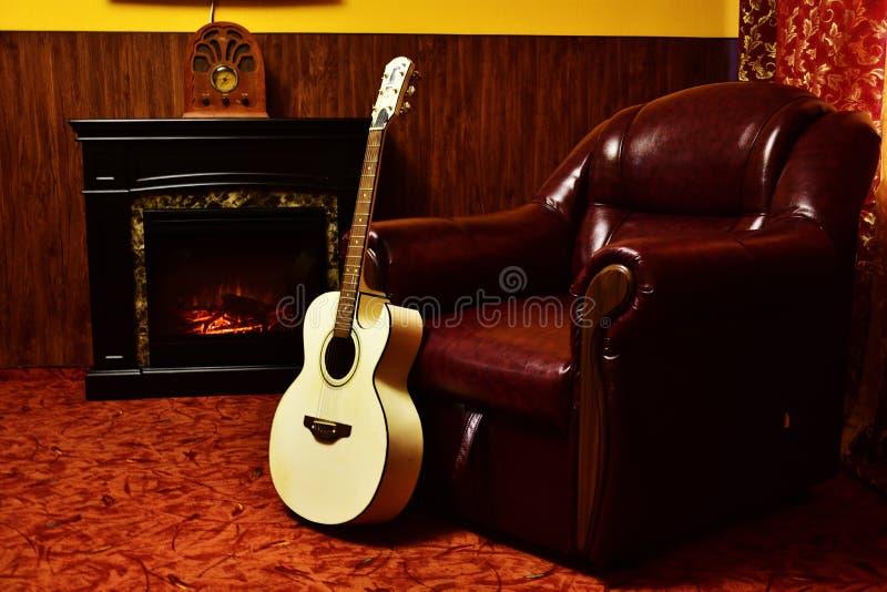 Кest w spokojnej zimy mroźnym wieczór! fotografia stock