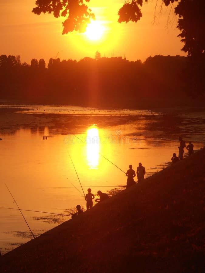 Ð•vening на реке стоковые изображения