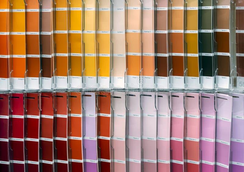Ð-¡ olor Palette für das Wählen des Gewebes oder der Farbe Hintergrund von den Farbmustern lizenzfreies stockbild