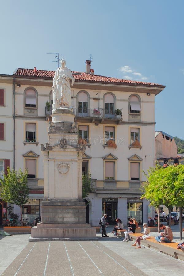 Ð ¡ omo, Italië - 26 Sep, 2018: Alessandro Volta Square royalty-vrije stock afbeelding