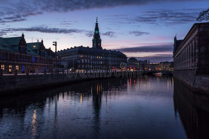 Дворец Christiansborg в Копенгагене Дании стоковая фотография