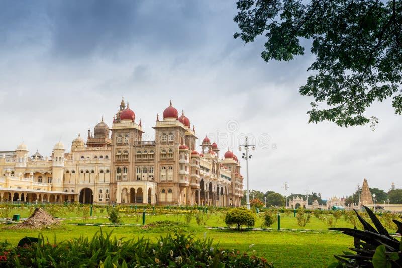 Дворец Mysore, Индия стоковые изображения rf