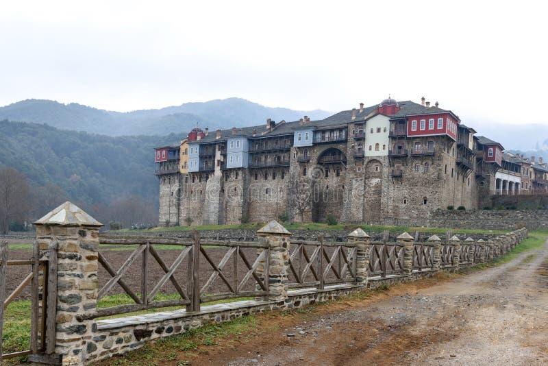 Детали средневекового монастыря Iveron строя на святом Mount Athos стоковое фото rf