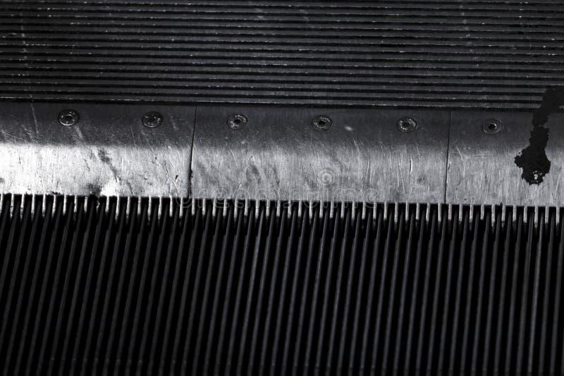 Деталь гребня a лифта метро тяжело - используемого стоковые фотографии rf