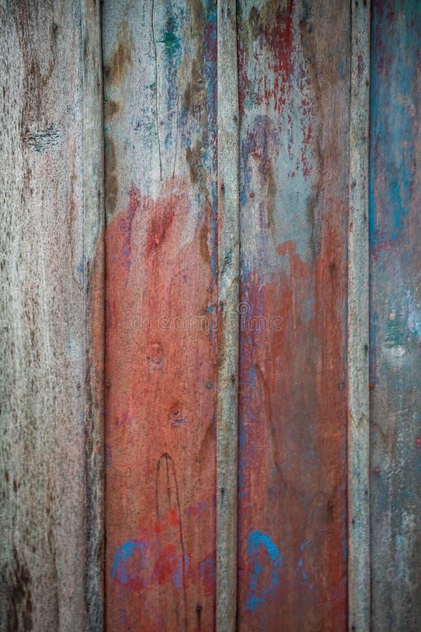 Деревенская красная и голубая деревянная предпосылка стоковые изображения rf