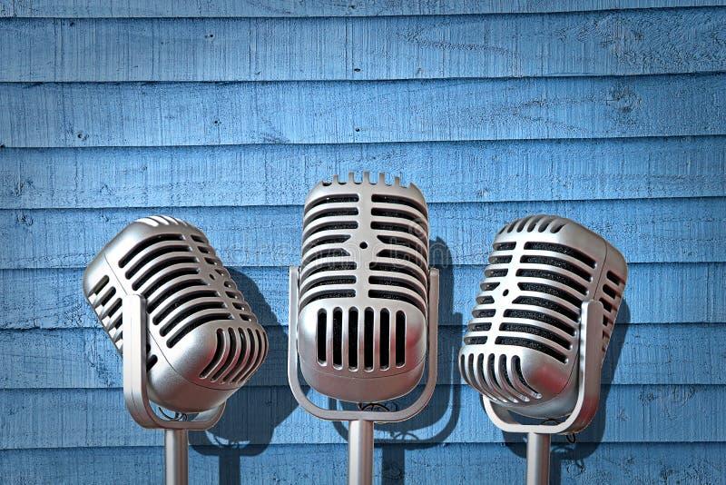 Диапазон группы винтажного крена утеса микрофона трио mics поя поет оборудование песни стоковые изображения rf