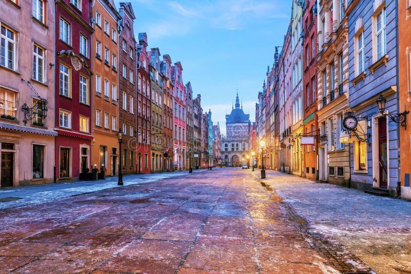 Длинный рынок в Гданьск, взгляд от шагов ратуши, Польша стоковое изображение rf