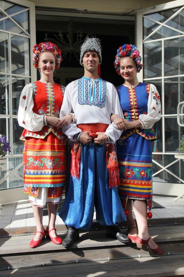 Ð ¾ n scena jest tancerzami i piosenkarzami, aktorzy, chorów członkowie, tancerze Korpus De Balet, soliści Ukraiński Kozacki zesp zdjęcie stock