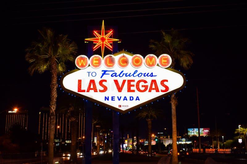 Добро пожаловать к фантастичному знаку Лас-Вегас Невады стоковое фото rf