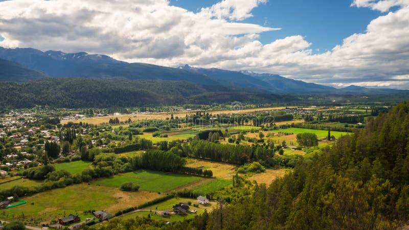 Долина El Bolson в аргентинской Патагонии стоковое изображение rf