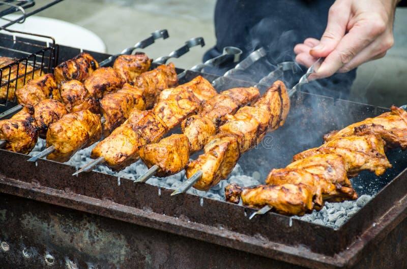 Ð ¡ ooking shish kebab zdjęcie royalty free