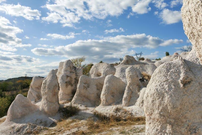 Свадьба горной породы каменная около городка Kardzhali, Болгарии стоковые фото