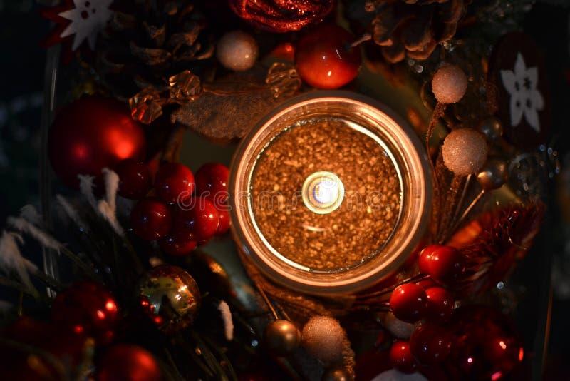 Свечка и украшения рождества стоковая фотография