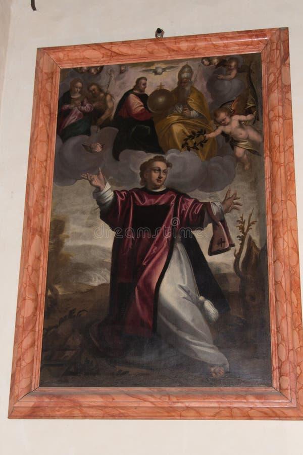 Святые Fermo и Rustico altarpiece Antonio Elenetti в часовне Bernardo Святого верхней церков Сан Fermo Maggiore внутри стоковые изображения