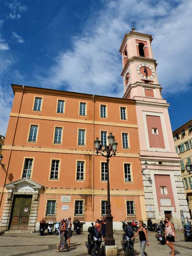 Славный собор римско-католический собор расположенный в славном городе в южной Франции стоковые фотографии rf