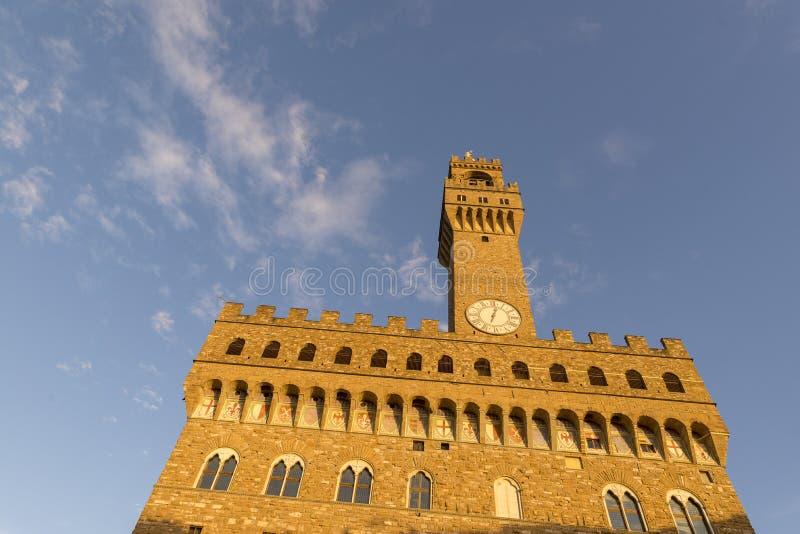 смежное собрание здания crenellated залы импрессивная Италия залы florence della dei известные готские свой loggia lanzi массивне стоковые изображения