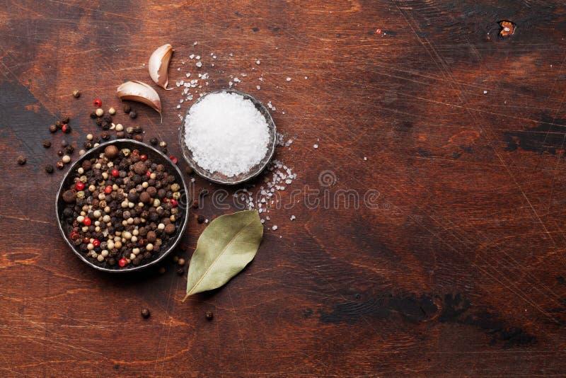 Специи для мяса соль перца стоковая фотография