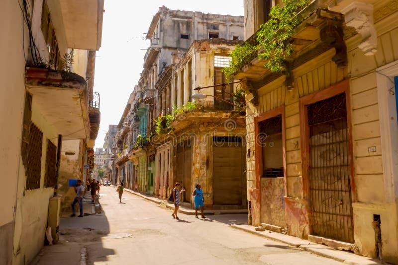 Старая городская жизнь Гаваны стоковое изображение