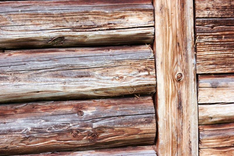 Старая деревянная предпосылка стены balk стоковое фото rf