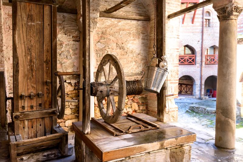 Старый колодец на Athos стоковые изображения